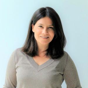 María Salinas